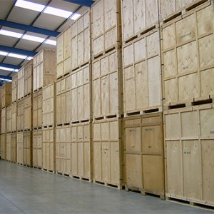 storage units Pick and Move